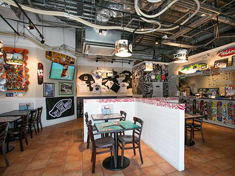 H.L.N.A FIELD(メキシカンフードレストラン)