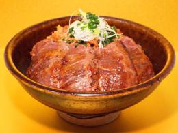 おすすめメニュー 米沢牛贅沢丼