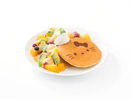 おすすめメニュー スペシャルフルーツパンケーキ