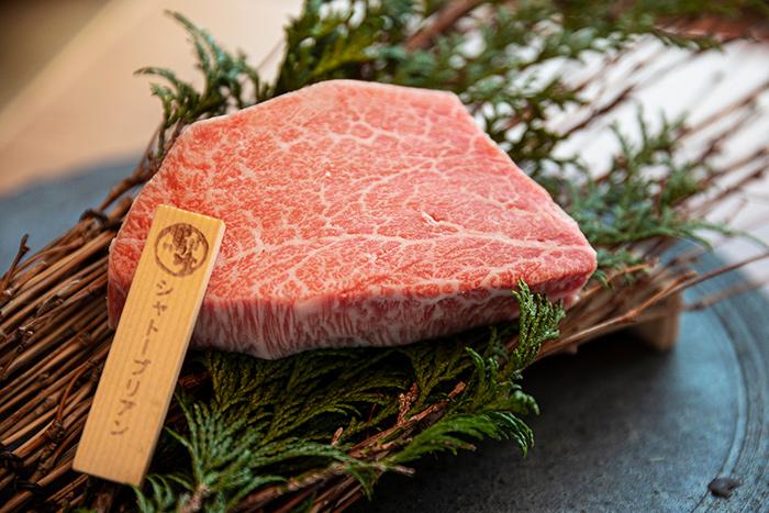 在日本的牛慶祝牛年