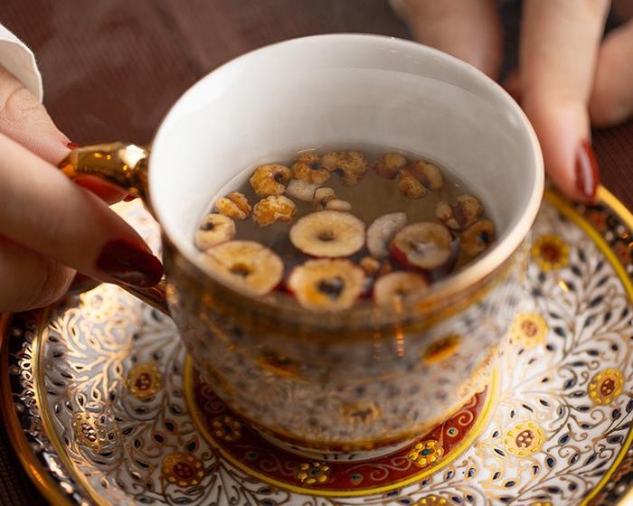 喝,吃,變得幹凈的藥膳茶
